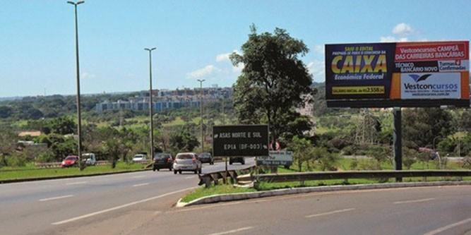 brasilia Via estrada Torto