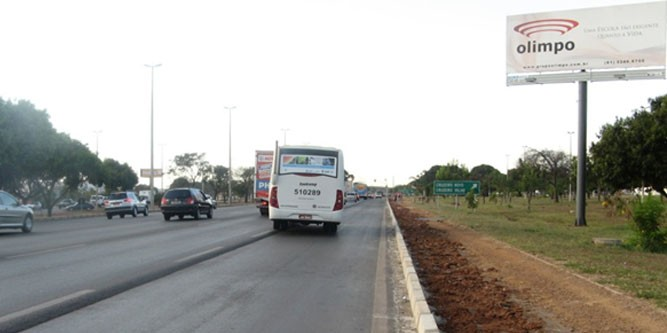 brasilia Via estrada parque DF 003