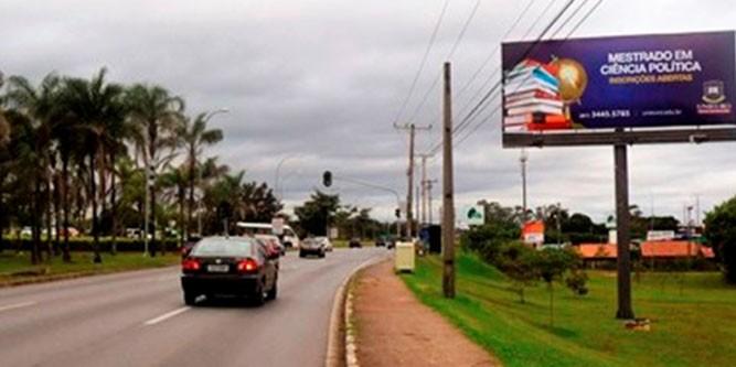 brasilia Via estrada parque