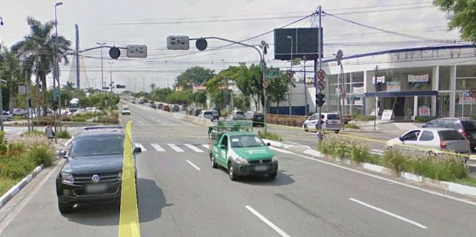 Guarulhos Av. Paulo Faccini x Av. Monteiro Lobato